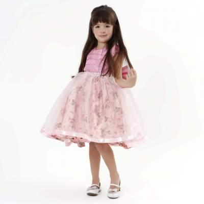 Vestido de aniversário floral princesa