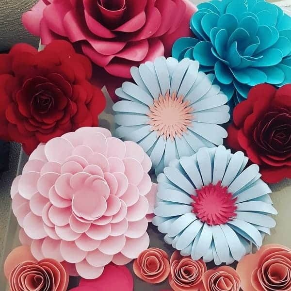 decoracao-com-flores-de-papel-moldes-faceis