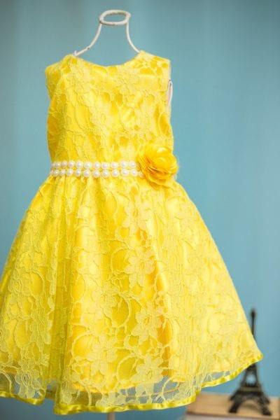 Vestido Infantil de Renda Amarelo para festa