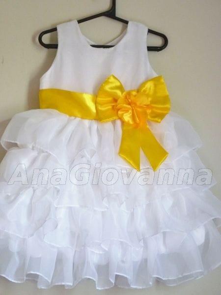 Vestido Infantil Branco com laço amarelo