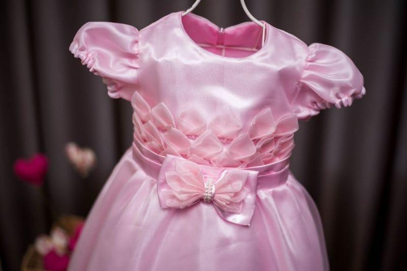 Vestido de princesa infantil para aniversário rosa