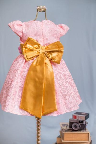 Vestido para festa infantil de Renda Rosa e Dourado