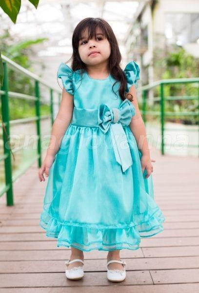 Vestido infantil de cetim com organza