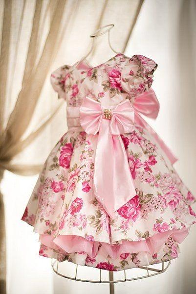 Vestido infantil para festa de meninas