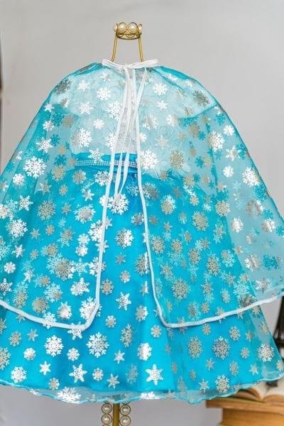 Vestido da Elsa com Capa