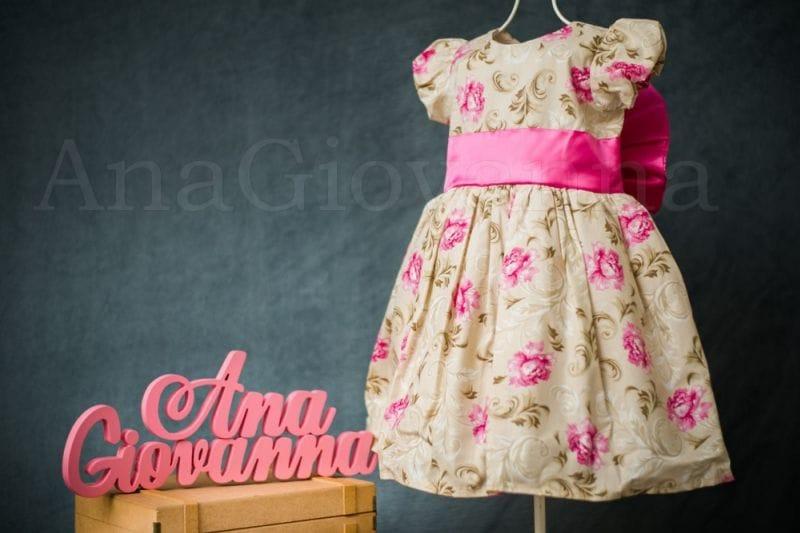 Vestido para Festa Infantil Floral Princesa