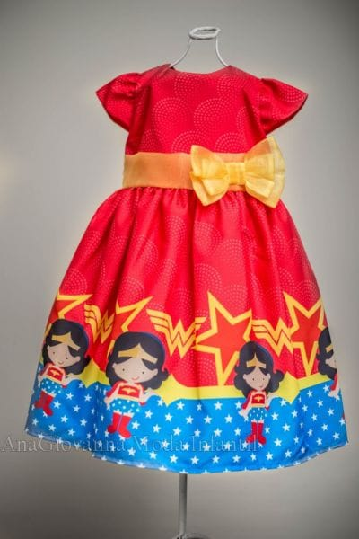 Vestido da Mulher Maravilha infantil para festa