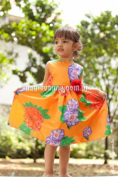 Vestido para Festa Infantil estampado floral