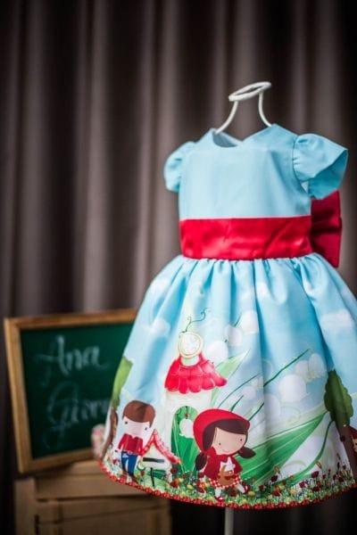 Vestido Infantil Chapeuzinho Vermelho + Capa De Cetim