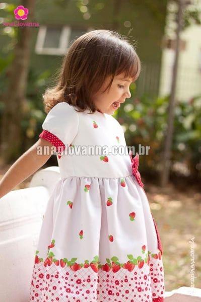 Vestido da Moranguinha Baby Infantil para aniversário
