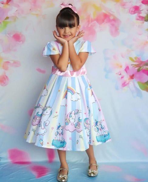 Vestido Infantil de Unicórnio