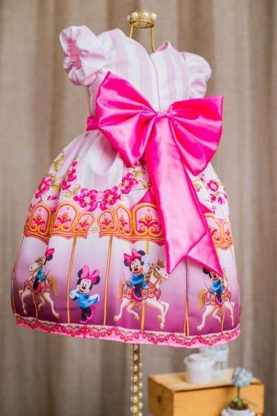 Vestido da Minnie Rosa Carrossel