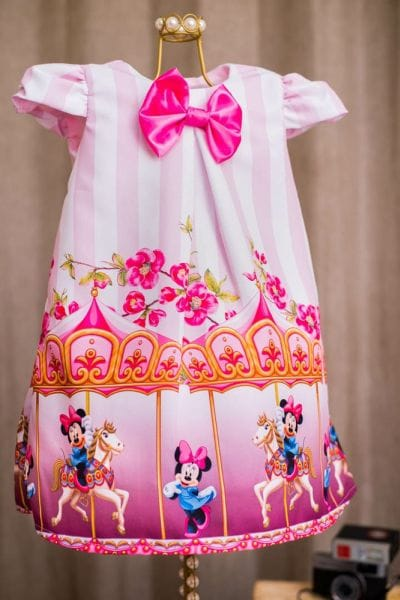 Vestido Minnie Rosa Carrossel Trapézio