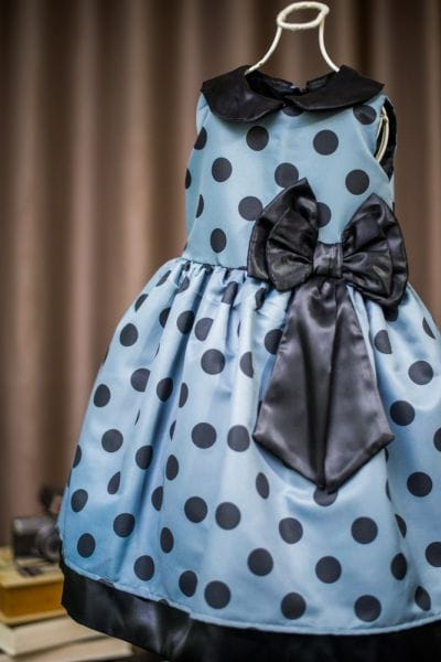 Vestido para festa infantil cinza e preto