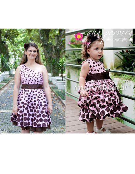 Vestidos Mãe Filha Rosa de Poá Marrom