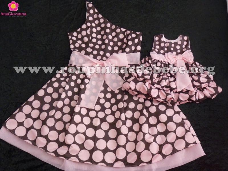 Vestidos Marrom e rosa Mãe e Filha para festa infantil