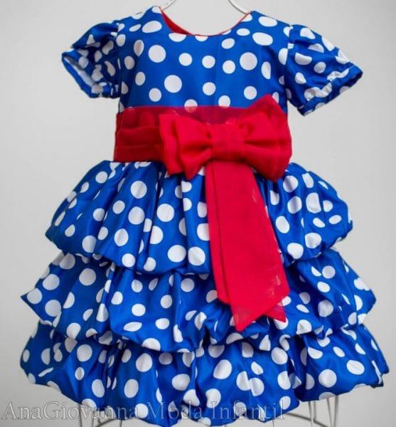 Vestido de aniversário da Galinha Pintadinha com mangas