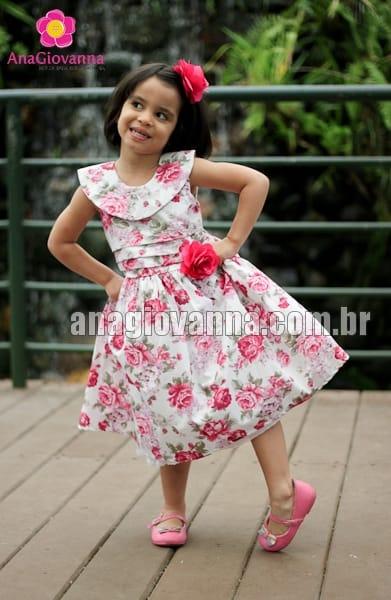 vestido floral infantil rosa
