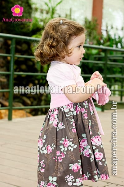 Vestido de Estampa Floral Infantil Marrom com Rosa