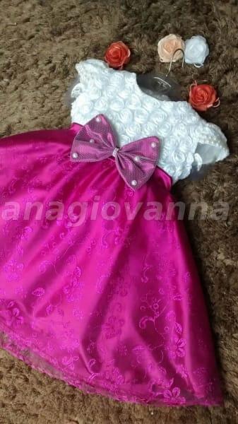 Vestido Infantil de Festa Branco com Rosa Pérola