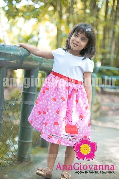 vestido peppa pig branco com rosa