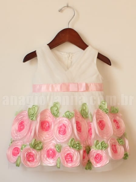 Vestido Infantil de Flores para Festa