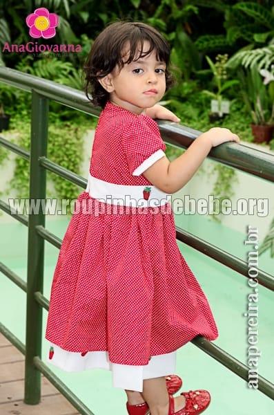 vestido infantil moranguinha