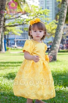 vestido infantil de festa amarelo