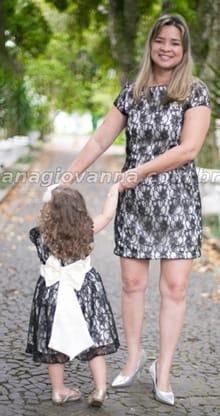 moda mãe filha de renda