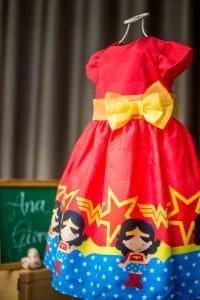 Vestido Infantil Mulher Maravilha